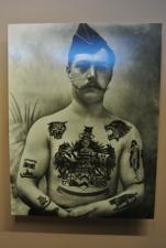Portrait de soldat tatoué. Exemple de tatouages asociaux