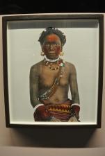 Femme kalinga igorot tatouée avec costume et bijoux traditionnels. Philippines